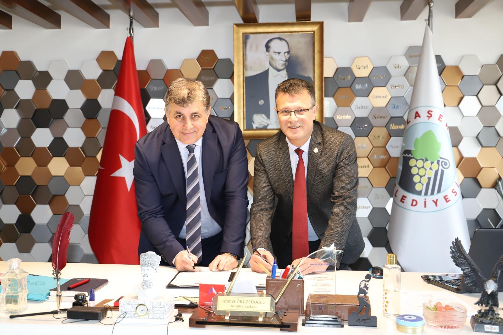 Alaşehir Belediyesi ile Karşıyaka Belediyesi Kardeş Şehir Oldular.