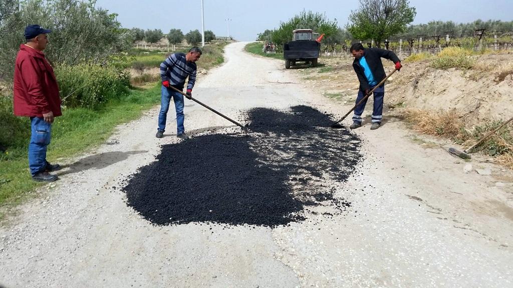 Alaşehir Belediyesi Kemaliye Mahallesine Roadmix Yapıyor