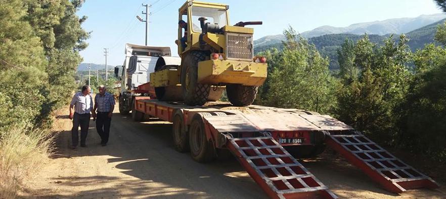 Alaşehir Belediyesi Sıcak Havalarda Çalışmalarına Hız Kesmeden Devam Ediyor