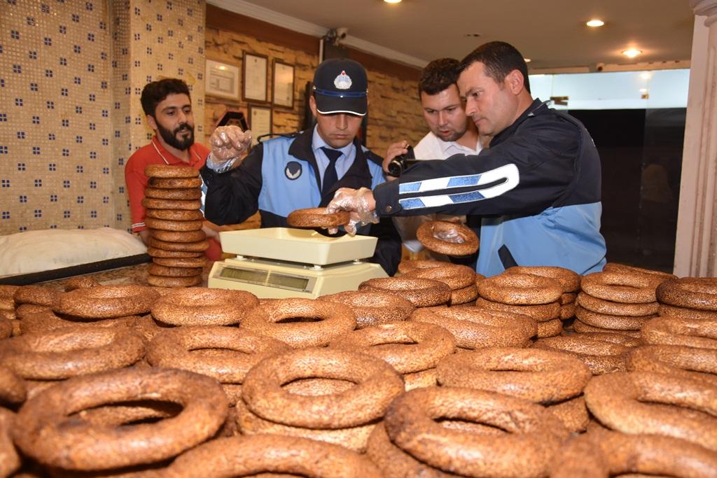 Alaşehir Belediyesi Zabıta Ekipleri,  Unlu Mamul Üretimi Yapan Fırınları Denetledi.