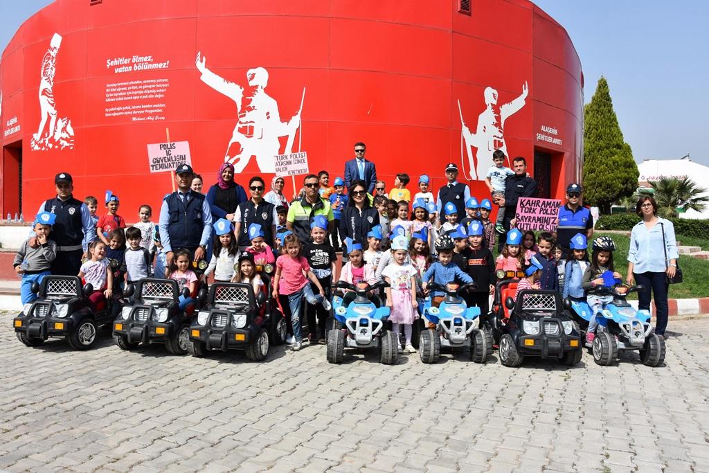 Alaşehir Belediyesinden Polis Haftasında Anlamlı Etkinlik