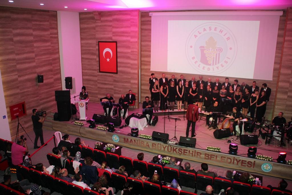 Alaşehir'de Türk Sanat Müziği Rüzgarı