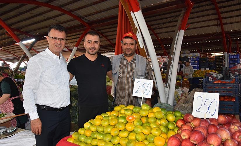 Başkan Öküzcüoğlu'ndan Pazar Yeri Ziyareti