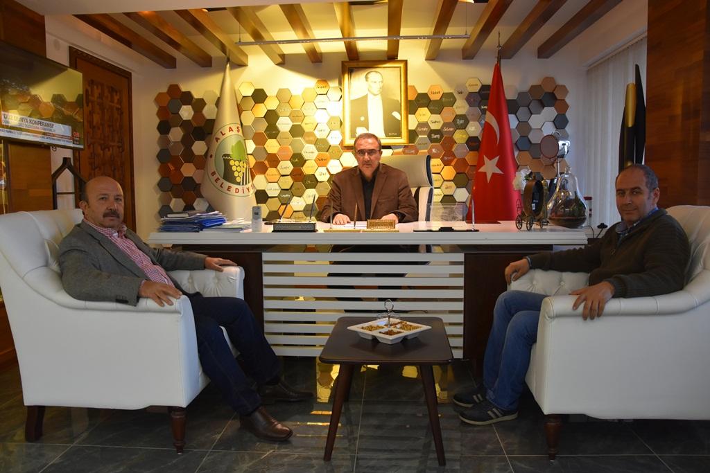 Başkan Karaçoban Ticaret Odası Başkanı Seymen'i Makamında Ağırladı