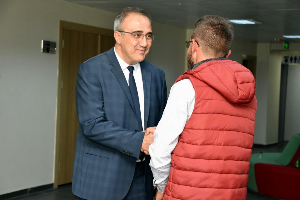 Başkan Karaçoban Vatandaşlarımız Başımızın Tacı