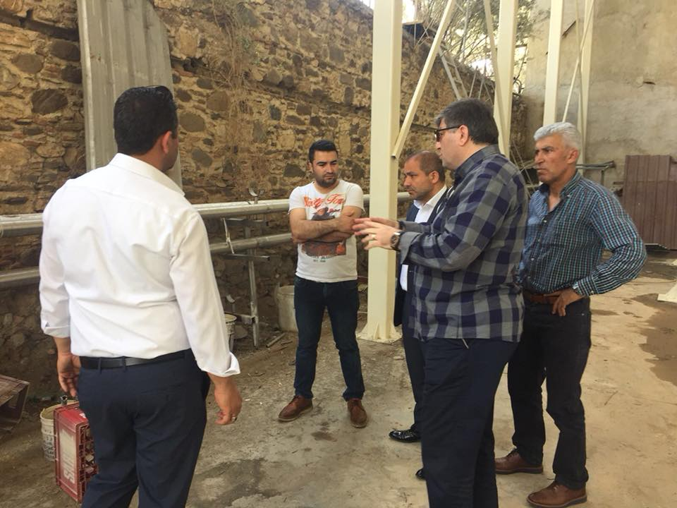 Başkan Uçak, Alaşehir Sarıkız Maden Suyu Fabrikasını ziyaret etti.