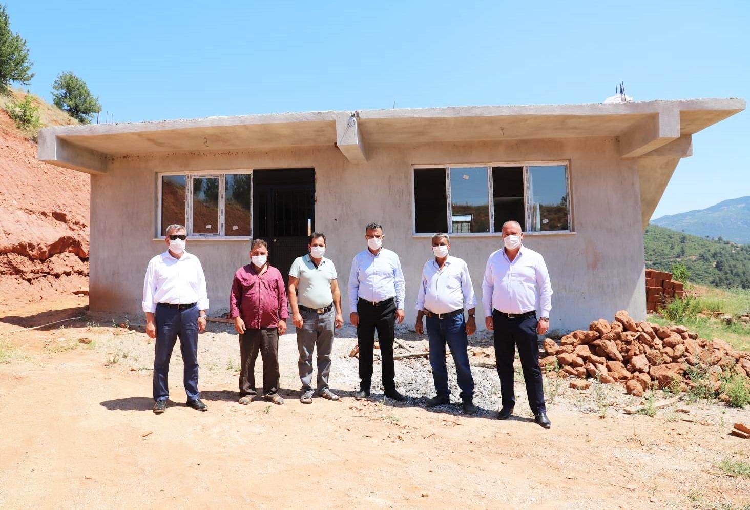 Başkan Yardımcılarımız Halis Özcan ve Muammer İbişoglu ile birlikte Osmaniye Mahallemizi ziyaret ettik.