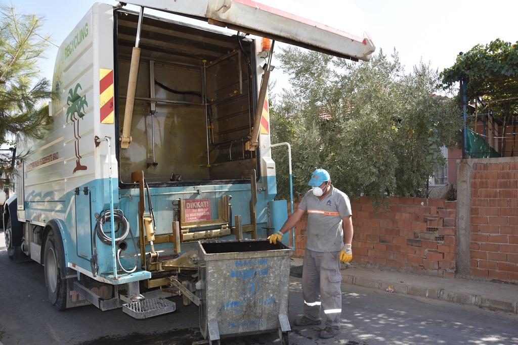 Çöp Konteyneri Yıkama ve Dezenfekte Aracı Çalışmalara Başladı