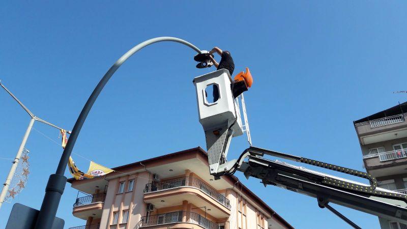 Elektrik Servisi Şehrimizi Aydınlatıyor