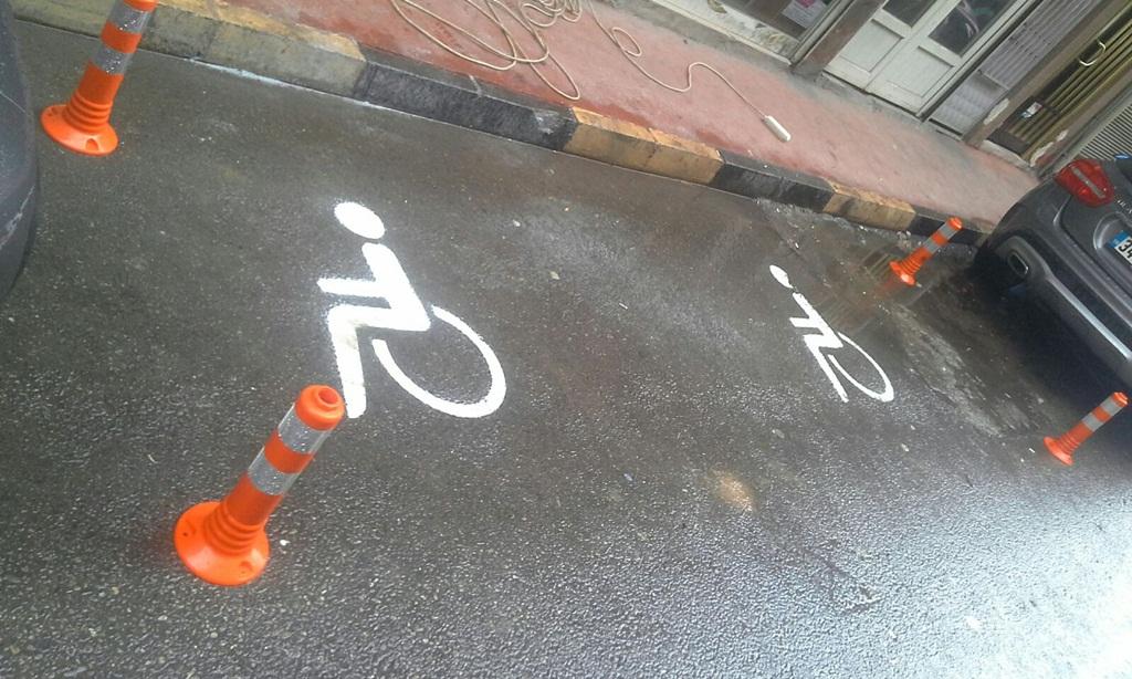 Engelli Sürücülere Özel Park Yeri