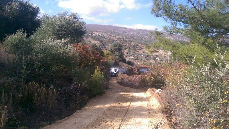 Horzumkeserler Mahallesinde  3 Kmlik Yol Çalışması