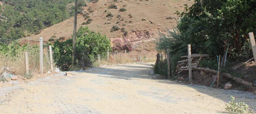Horzumsazdere Mahallesine 8000m2 Kilit Parke