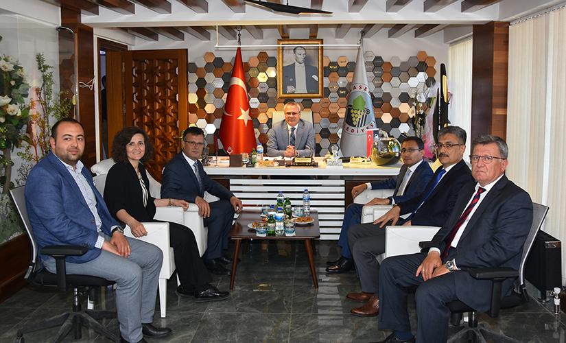 Manisa Valisi Ahmet Deniz, Belediye Başkanımızı Ziyaret Etti