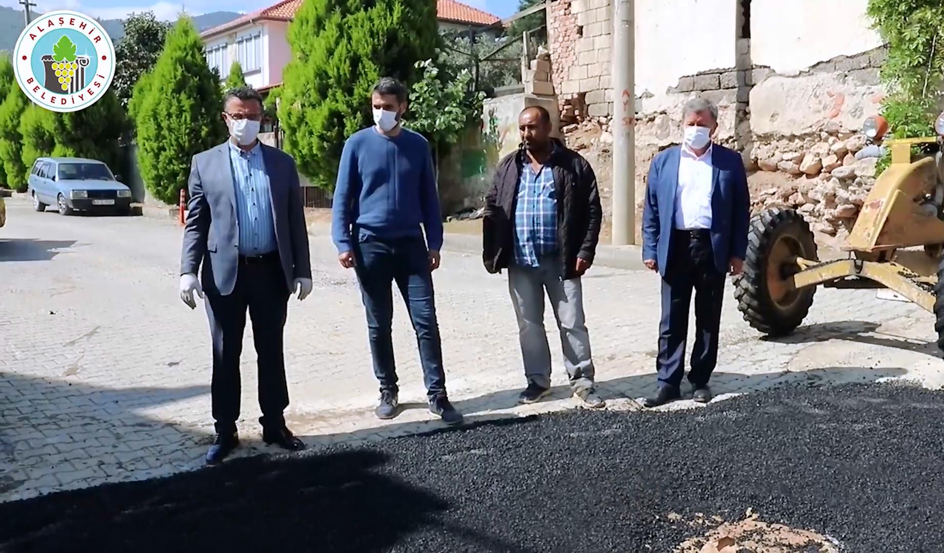Şeyhsinan Mahallesi Hastane Arkası Sokaktaki Sıcak Asfalt Çalışması
