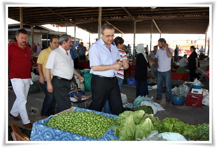 Başkan Karaçoban, Pazar Esnafını Gezdi